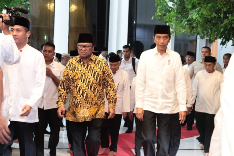 Bagikan SK TORA, Oesman Sapta Apresiasi Langkah Presiden Jokowi
