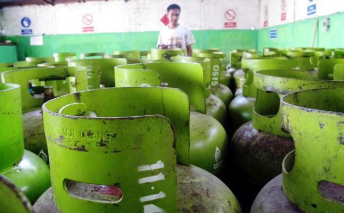 PKS Desak Pemerintah Tambah Subsidi Listrik dan Gas