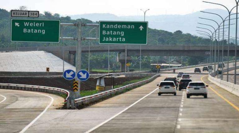 Ridwan Kamil: Sistem Satu Arah Tol Jakarta-Jateng Berlaku hingga 2 Juni