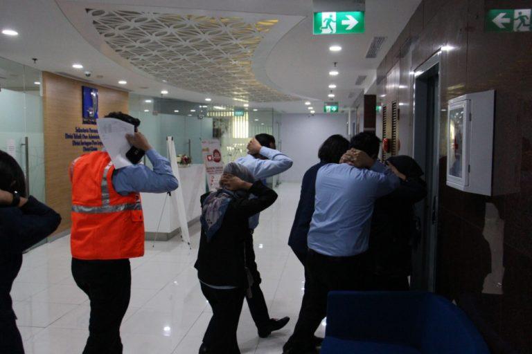 Gelar Simulasi Gempa, Karyawan Jamkrindo Diharap Sadar Bencana