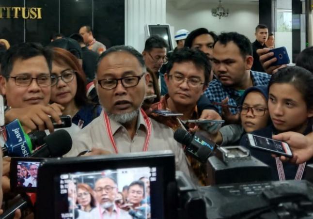 Raport Merah Jokowi, Eks Petinggi KPK: Indonesia Dilanda Badai Resesi