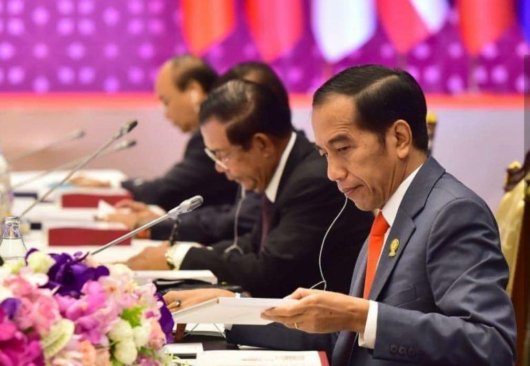 Didepan Pemuda ASEAN, Jokowi ajak Berpikir Out of The Box
