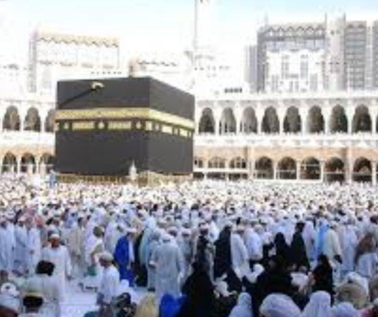 Kloter Pertama Embarkasi Haji Batam 2019 Diberangkatkan