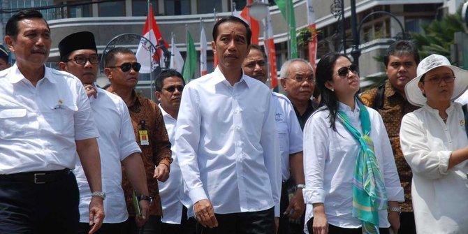 Masyarakat Perlu Memberi Masukan Jokowi Agar Selektif Memilih Menteri