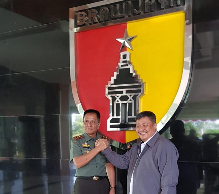 Panglima Kodam V/Brawijaya dan Wakil Gubernur Jawa Timur Dukung Genjot Luas Tambah Tanam Padi di Jawa Timur