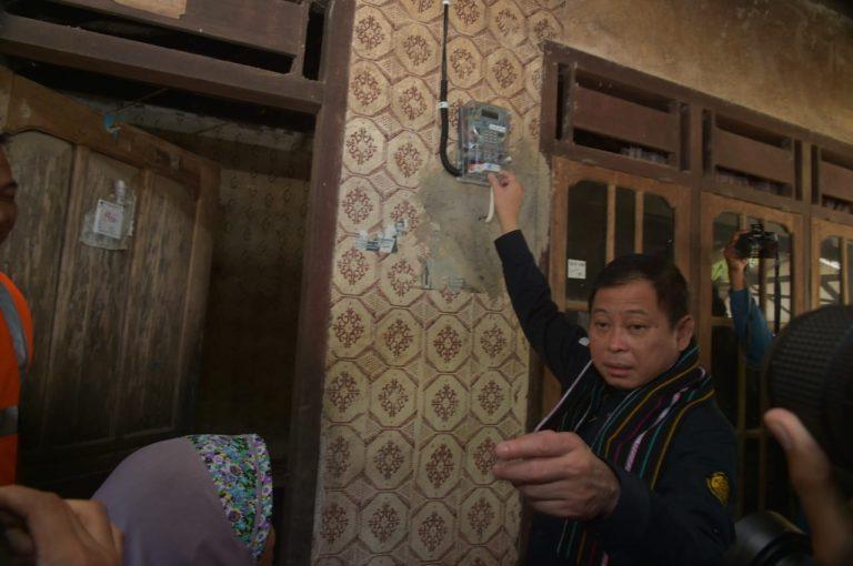 Jonan: Total Sambungan Listrik Gratis di NTB Sebanyak 3.536 Rumah Tangga