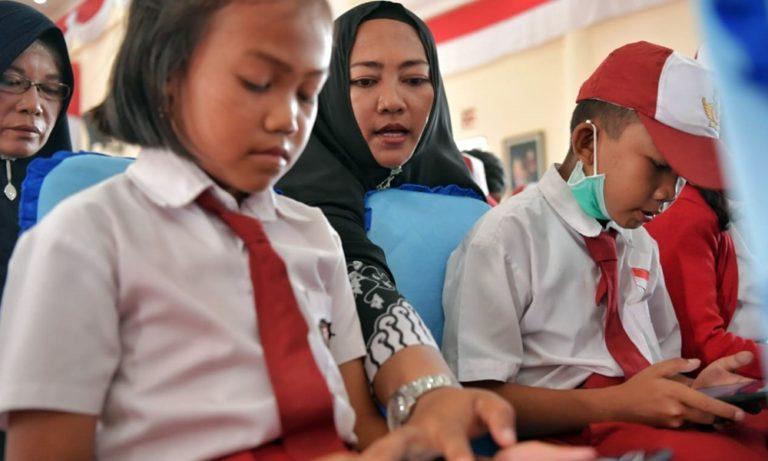 FSGI: Siswa Miskin Tak Akan Nikmati Subsidi Kuota Internet