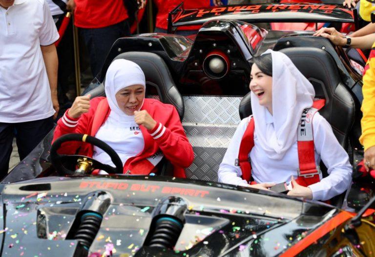 Naiki Lowo Ireng Reborn Karya ITS, Khofifah: Mirip Batmobile Batman