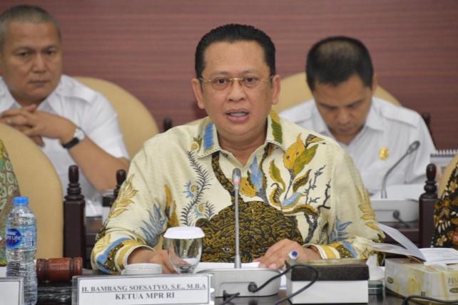 Gelar Rapat Gabungan, Ketua MPR Sampaikan Alat Kelengkapan dan Komisi Kajian