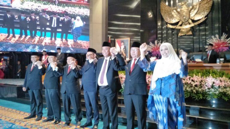 Lima Pimpinan DPRD DKI Diambil Sumpah