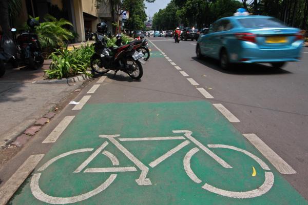 Pengamat Sebut Penerapan Sanksi Jalur Sepeda Belum