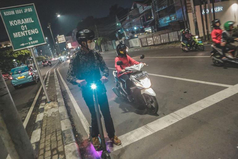 Pemprov DKI Izinkan Skuter Listrik Pribadi Pakai Jalur Sepeda