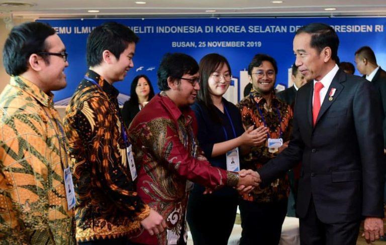 Bertemu Peneliti Indonesia di Korsel, Jokowi Ingatkan untuk Pulang Bangun Negeri