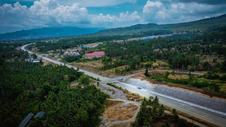 Dukung Pelayanan Nataru, Jalan Tol Manado-Bitung Beroprasi Fungsional