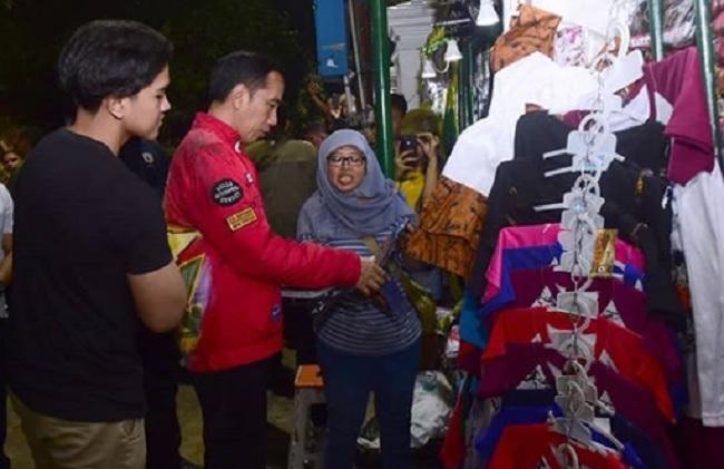Keliling Yogyakarta di Malam Hari, Jokowi jadi Sasaran Warga