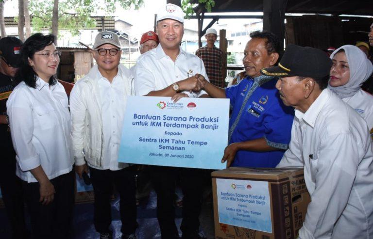 Kemenperin Beri Bantuan Mesin dan Peralatan Kepada IKM Korban Banjir