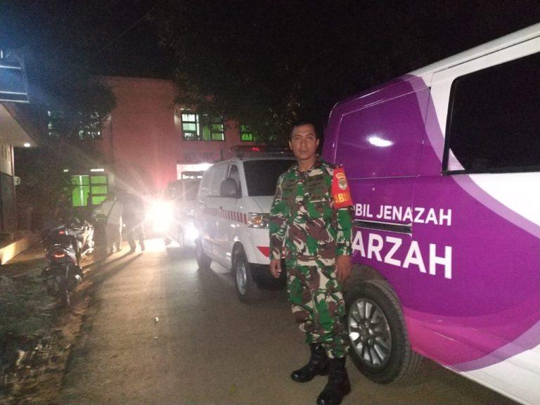 Cerita Sertu Jumono Evakuasi Kader Posyandu Depok Korban Kecelakaan Bus di Subang