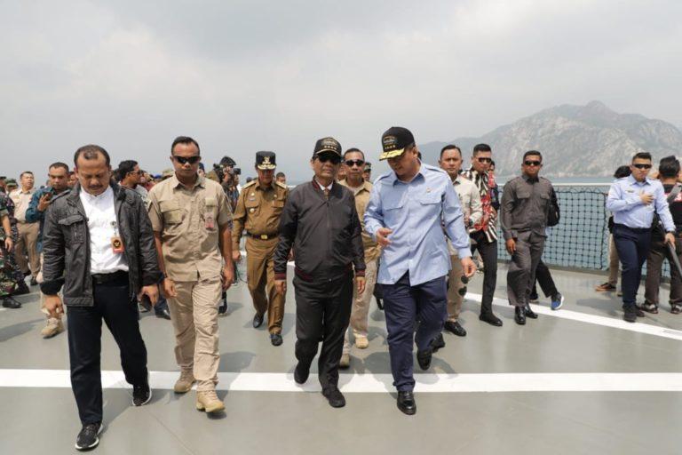 Diatas KRI Semarang-594, Sejumlah Menteri Bahas Keamanan Laut Natuna