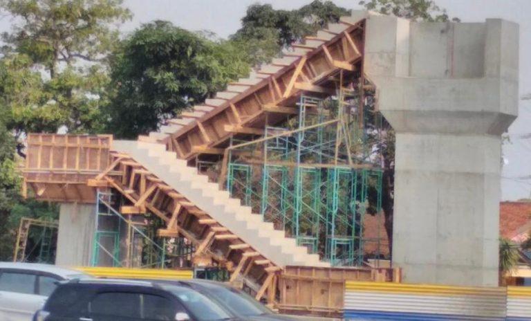 Lanjutkan Proyek JPO Tol Jakarta-Tangerang, Jasa Marga Imbau Pengguna Jalan Hati-hati