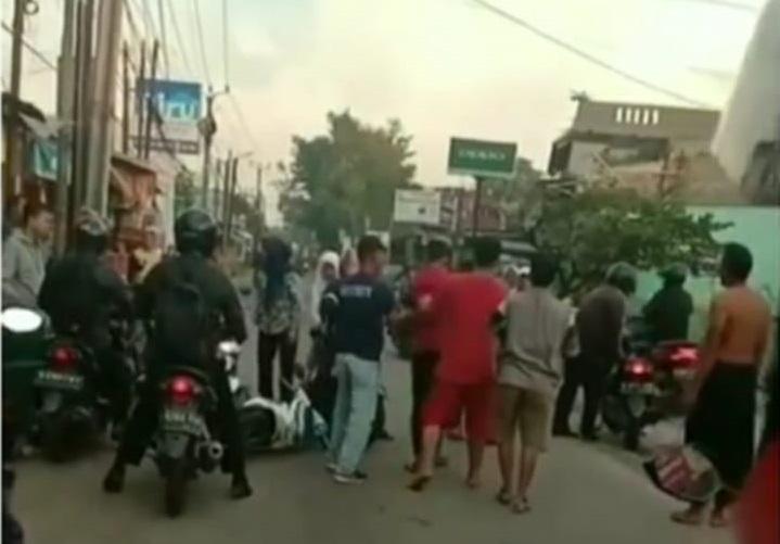 Rampas Ponsel Milik Pelajar, Seorang Pria di Depok Digelandang ke Polisi