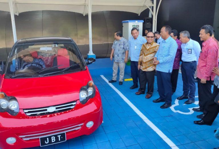 Jalan Tol Bali Mandara Sediakan Layanan Stasiun Pengisian Kendaraan Listrik