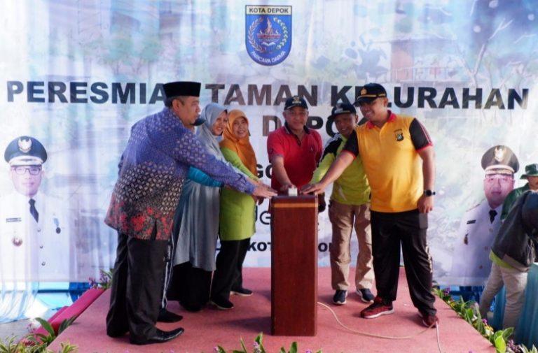 Wali Kota Depok Resmikan Tiga Taman di Cilodong