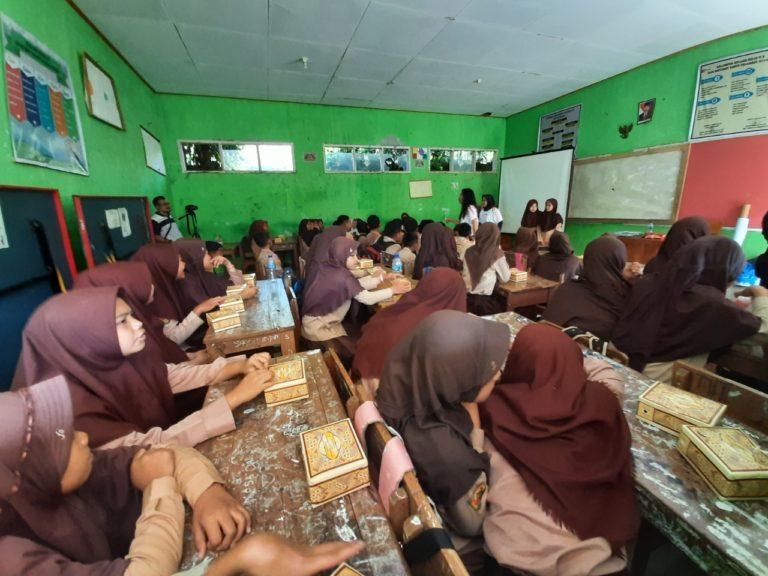 Jamkrindo Edukasi Gaya Hidup Hijau di Sekolah-sekolah Kawasan Geopark Ciletuh
