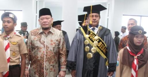 Orasi Ilmiah, Ketua DPD: SDM Berkarakter dan Kompetitif Tantangan Ke Depan