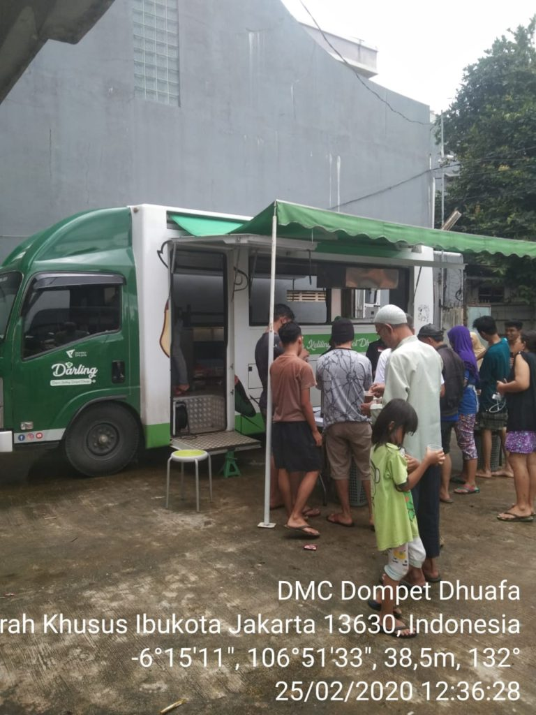 Dompet Dhuafa Turunkan Tim Medis hingga Dapur Keliling untuk Korban Banjir