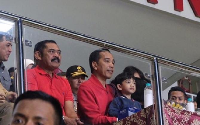 Resmikan Stadion Manahan Solo, Jokowi Ngarep Segera Ditetapkan Lokasi Piala Dunia U-20
