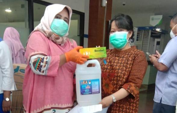 SKK Migas dan KKKS Bantu Ribuan Botol Hand Sanitizer melalui #GerakanSejutaHandSanitizer