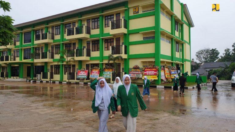 Mahasiswa IIQ Jakarta Berharap Kementerian PUPR Menambah Kembali Rusunawa