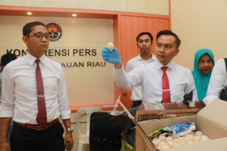 Polda Kepri Tangkap 5 Orang Penjual Ribuan Telur Penyu