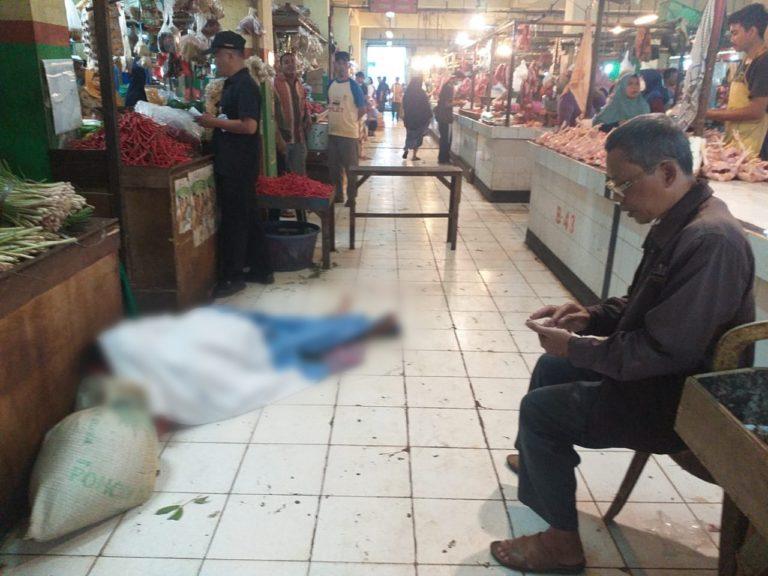 Bikin Panik, Seorang Wanita Meninggal Mendadak di Pasar Musi Depok