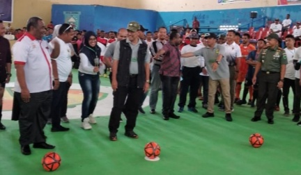 Wakil Ketua DPD Apresiasi Penyelenggaraan Futsal di Sorong