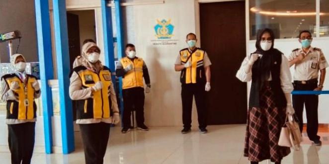 Senator Jawa Timur Ini Minta APD Untuk Para Petugas Segera Dilengkapi