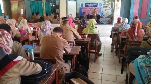 Ikuti Pembekalan, Ratusan Guru SD di Depok Siap Hadapi USBN