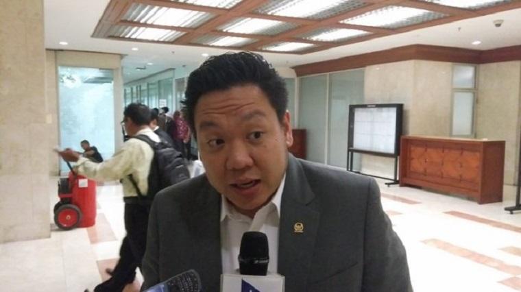 Pemerintah Dapat Libatkan TNI-Polri Jalankan Social Distancing Redam Corona