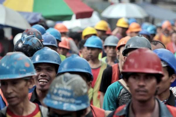 Senjakala Nasib Buruh di Era Pandemi