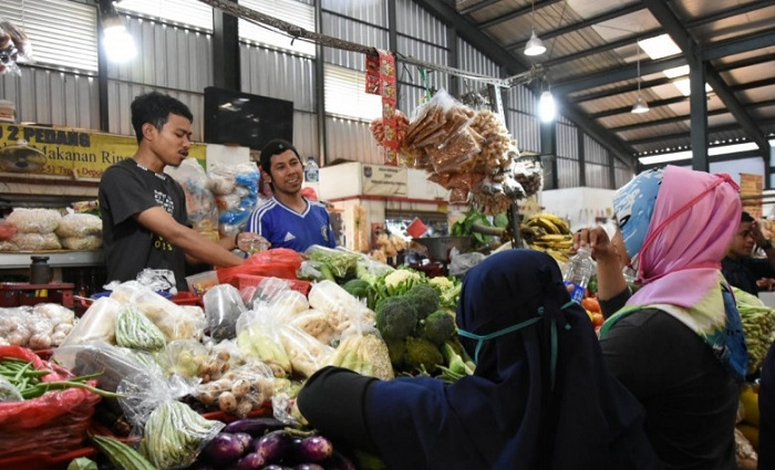 Pengunjung Pasar Harus Bawa Surat Vaksin, IKPPI: Berlebihan!