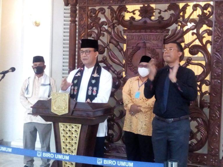 Larang Warga Takbir Keliling, Anies: Takbiran di Masjid Dibatasi Lima Orang