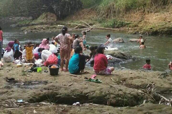 Berani Buang Limbah Kurban ke Sungai Ciliwung? Siap-siap Kena Denda 25 Juta
