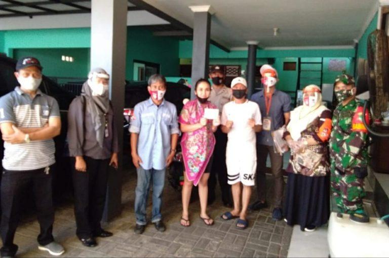 KPU Depok Lakukan Coklit di Rumah Ayu Ting Ting