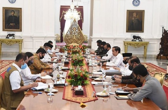 Dua Menteri Terciduk KPK, Jokowi Didesak Reshuffle Kabinet