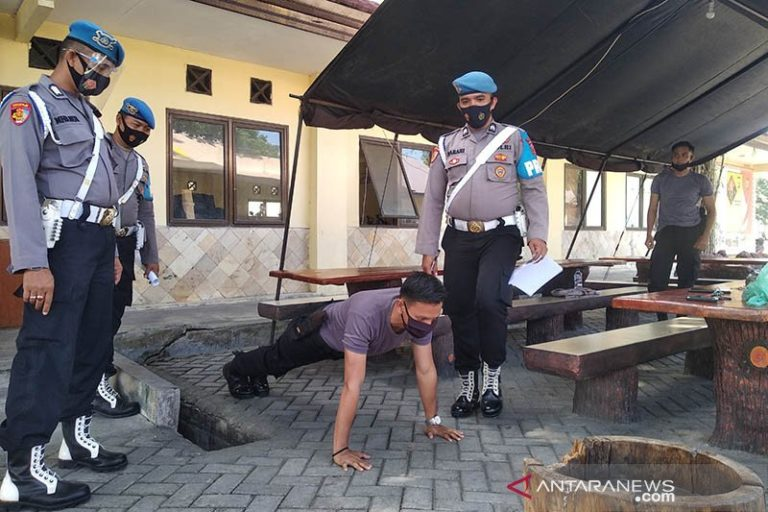 Kena Razia Masker, Sejumlah Anggota Polda Aceh Diberikan Sanksi Disiplin