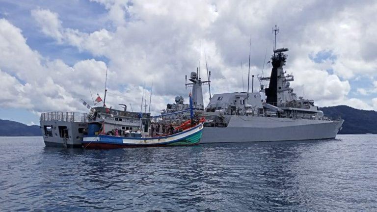 Bakamla RI Tangkap Dua Kapal Pencuri Ikan Asal Vietnam