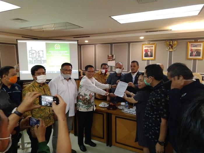 Hadiri Dialog, Tim Pembahas RUU Omnibus Law Ciptaker Apresiasi Panja Baleg