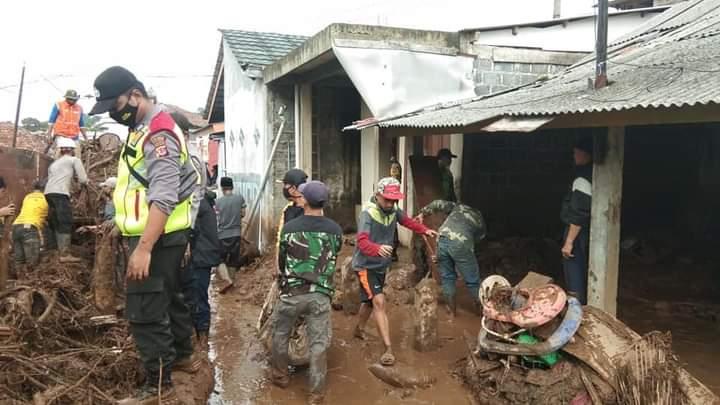 Dua Korban Hanyut Banjir Bandang di Sukabumi Ditemukan Meninggal