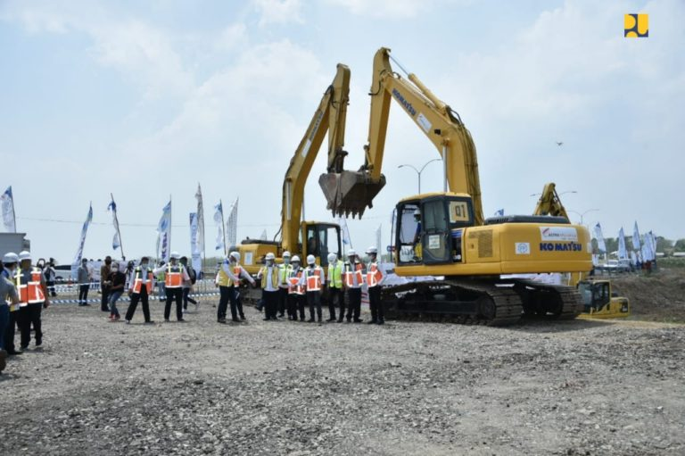 Pembangunan Ruas Tol Akses Bandara Internasional Kertajati Dimulai