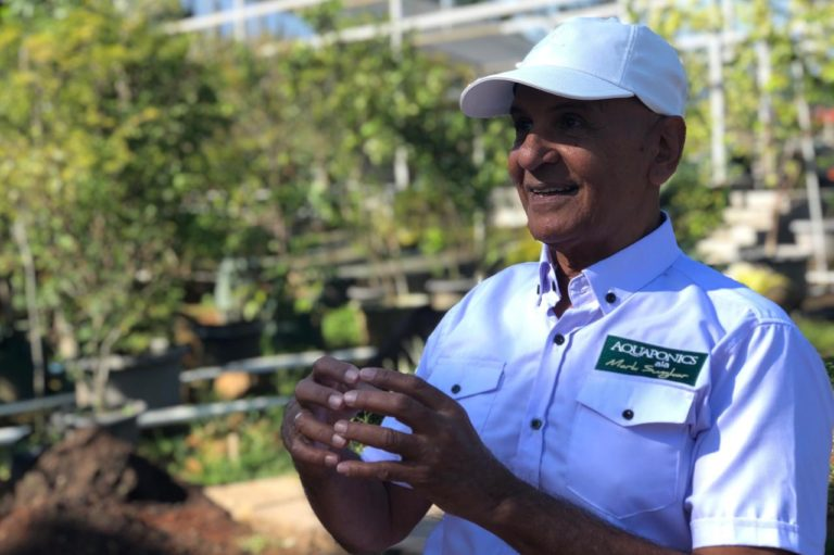 Mark Sungkar, Artis Senior yang Giat Bertani di Tengah Pandemi Covid-19